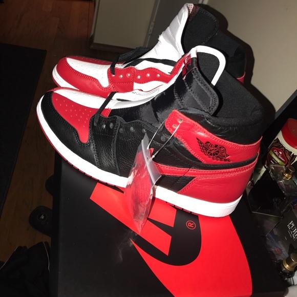 newest 87880 e5593 Jordan retro 1's
